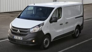 THE STYLISH MITSUBISHI EXPRESS VAN