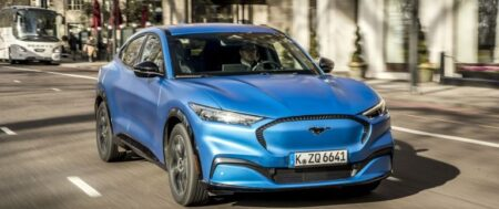THE NEW ELECTRIC SUV FORD MUSTANG MACH E