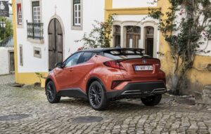 TOYOTA C-HR A SPECIAL COMPACT SUV BEST
